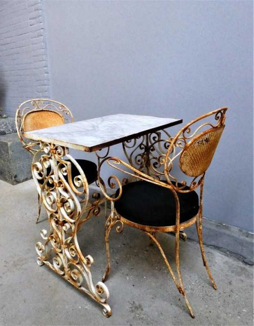Garden table & 2 chairs-2