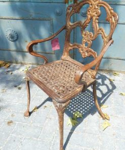 Cast iron chair-2