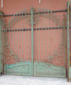 Wrought iron gate with columns-2