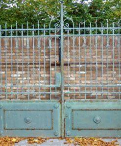 Smeedijzeren poort met zuilen hxb 280x290 cm-1