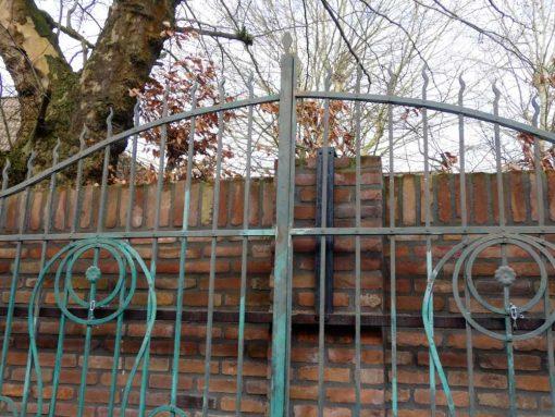 Smeedijzeren poort met zuilen hxb 275x310 cm-3