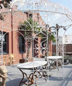 Oval garden table-5