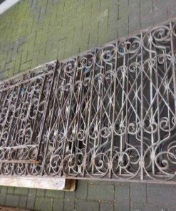 Antique handicraft balcony fence-1