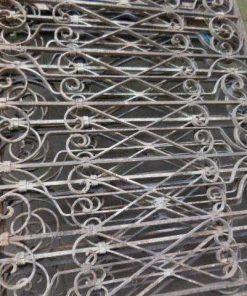 Antieke ambachtelijk gesmeden balkon hekwerk-3