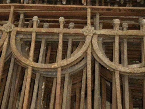 Antique wrought iron balcony fence-1