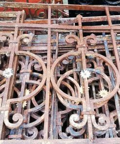 Antique fence-2