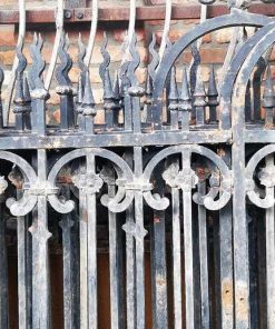Antique Black Wrought Iron Fence-2