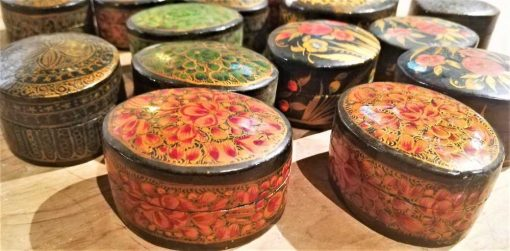 Small oval wooden painted boxes-2
