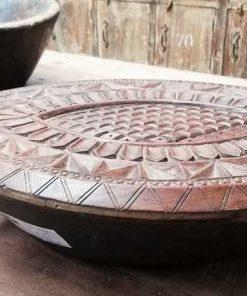 Decoratieve bewerkte houten schaal in de vorm van een schildpad-2