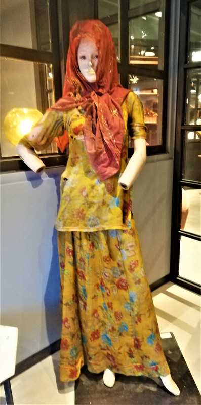 Vintage weibliche Puppe-1