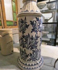 Old blue and white vase-1