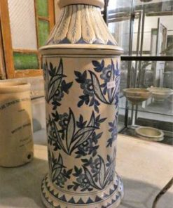 Old blue and white vase-2