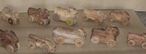Handgemaakte houten autootjes-1