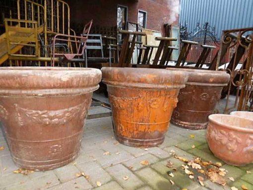 Antique jars / pots-4