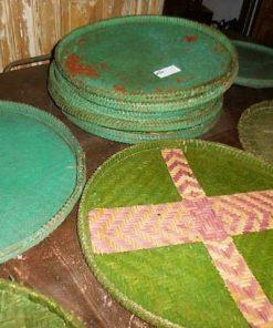 Vintage flat green rattan dishes-2