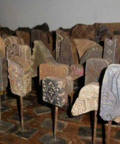Antieke houten stof stempels op standaard-3