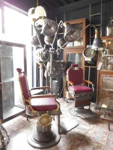 Antique refurbished barber / hairdresser chair-3