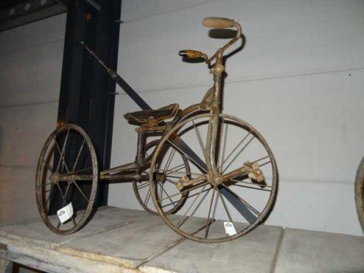 Antique children's tricycle-2