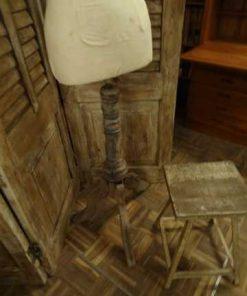 Antique mannequin-2