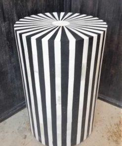 Round black / white table / pillar-1