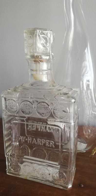 Dekorative antike Glasflaschen-2