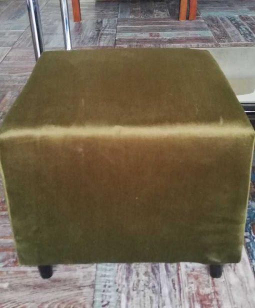 Zwei grün-samtene Vintage-Puffs / Schemel-2