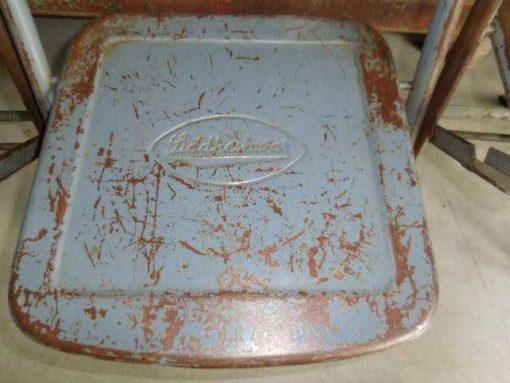 Opklapbare metalen stoeltjes-3