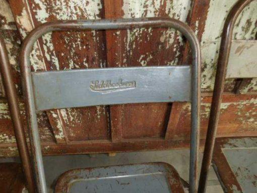 Opklapbare metalen stoeltjes-4