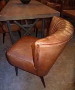 Cognac-Leder-Stühle-2