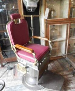 Antique refurbished barber / hairdresser chair-2