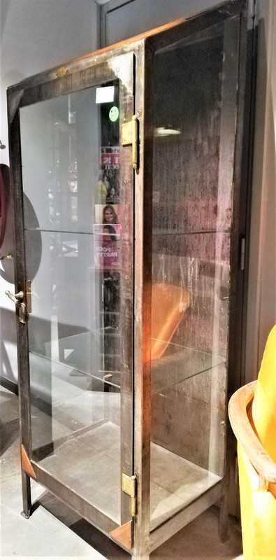 Antieke metalen vitrine kast-3