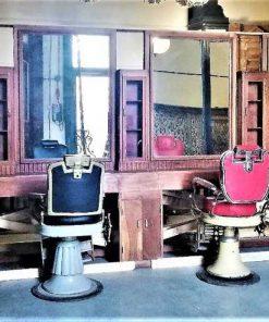 Antieke barbier / kappers kast ca 565 cm lang-2