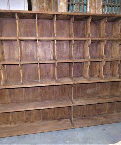 Vintage houten kast met open vakken-1
