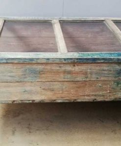 Vintage blauw geschuurde vitrine museum kast-1