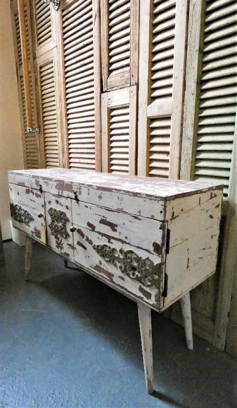 Vintage white ( tv-) cabinet-4