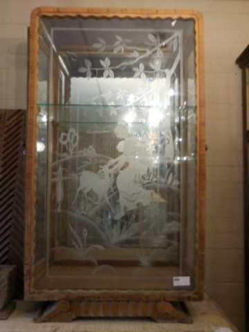 Antiek vitrine kastje met gegraveerd glas-1