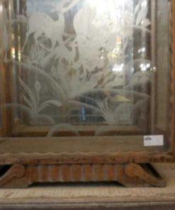 Antiek vitrine kastje met gegraveerd glas-4