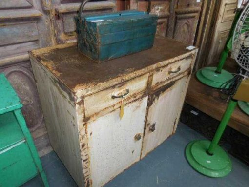 Industrieel vintage metalen dressoir in wit-3