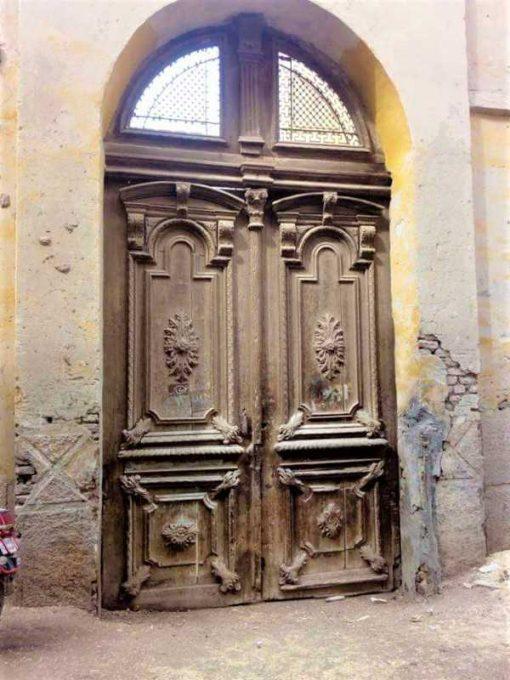 Grote antieke deur hxb 485x264 cm-5