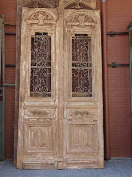 Antieke Franse deuren met smeedijzeren sier hekwerk 330x182 cm-1