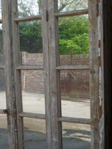 Groot antiek raam met spiegels-4