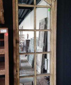 Antike Fenster mit Spiegeln-2
