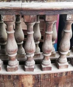 Antique semicircular balustrade-1