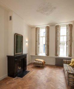 Antike Jalousien / Rollläden im Wohnzimmer-1