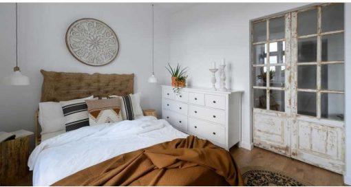 Antieke schuifdeuren in slaapkamer-1