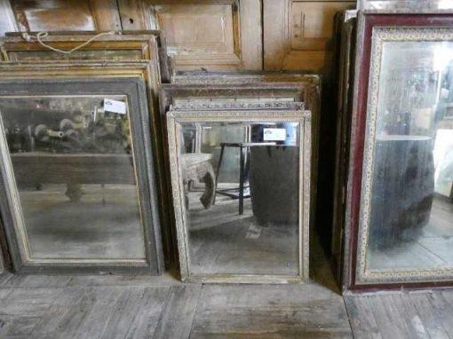 Antieke spiegels in verschillende formaten-1