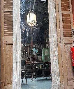 Holzspiegel mit getünchtem Rahmen-1