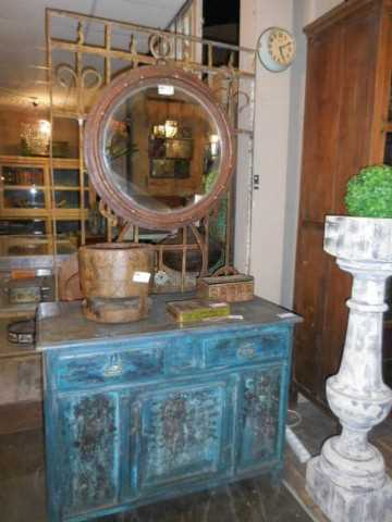Antique round mirror-2