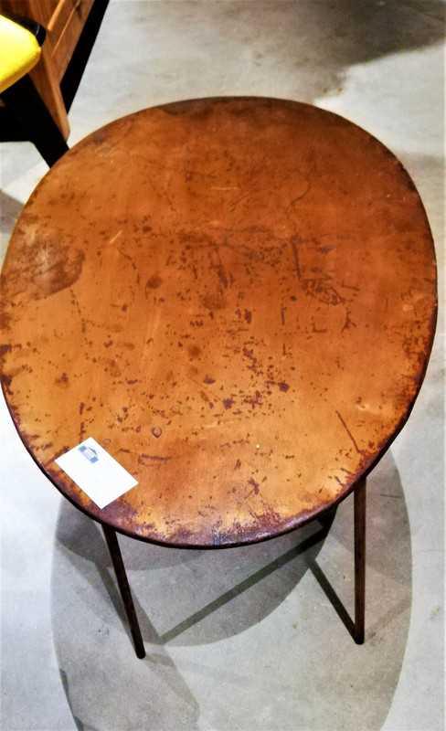 Vintage ovaal salon tafeltje met koperkleurig blad-2
