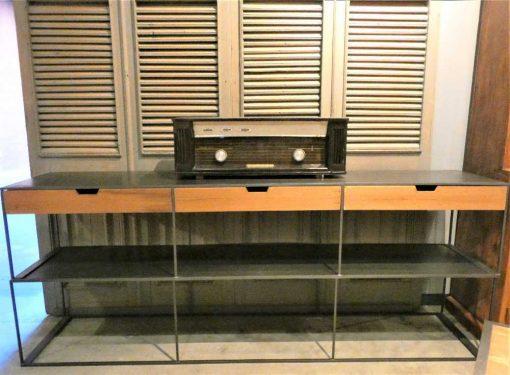 Beistelltisch mit Schubladen aus Metall und Holz-4